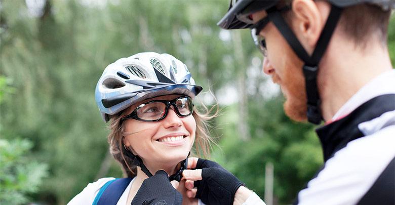 Nošenje kolesarske čelade